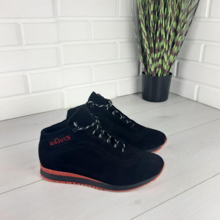 Мужские ботинки зимние из натуральной замши, внутри натуральная шерсть