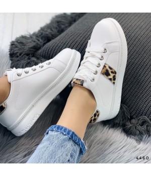 Женские кроссовки белые 4460